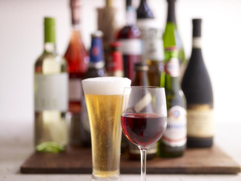 Во время лечения следует полностью отказаться от алкоголя