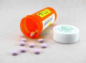 При лечении хронического панкреатита важно соблюдать график приема препаратов