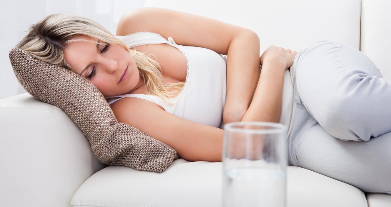 Поза эмбриона поможет ненадолго облегчить боль