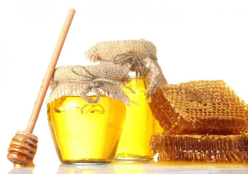 После улучшения состояния можно употреблять мед и мумие