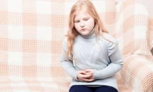Панкреатит сопровождается сильными болями в животе