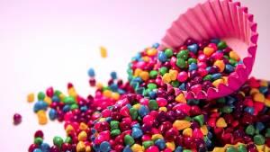 Продукты с красителями пагубно влияют не только на больных панкреатитом, но и на здоровых людей