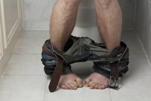 Вследствие нарушения работы поджелудочной у больного могут наблюдаться понос и запор