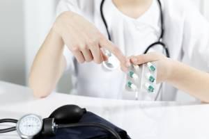 Медицинские препараты обязательны, без надеяться на улучшение не стоит