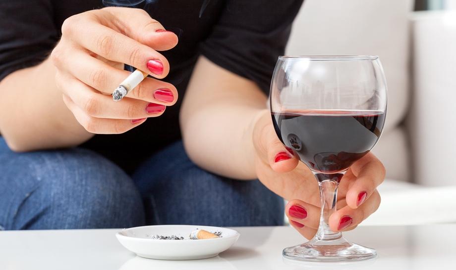Вредные привычки только усугубляют положение больного
